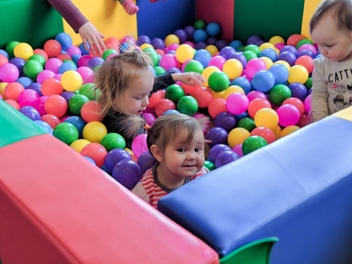 3 Toddlers Playing In a Sprog & Sprocket Ball Pit